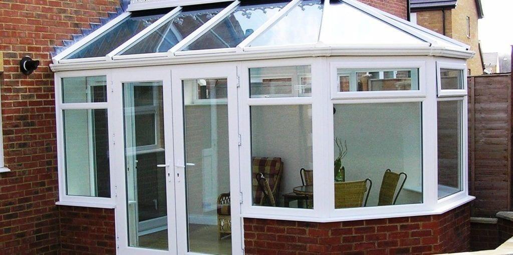 Upvc Plastic Framed But Gl Roof Conservatory