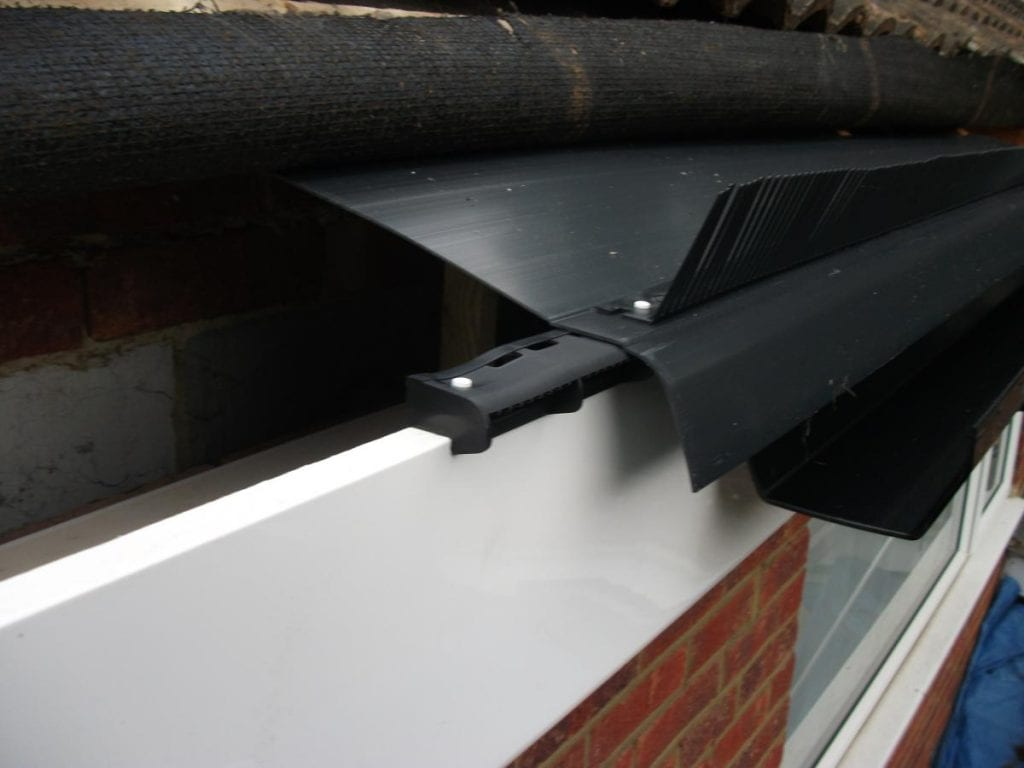 Eaves felt, vent and bird stop device