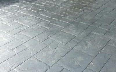 Grey pattern imprinted concrete driveway