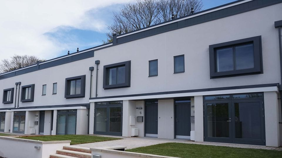 Monocouche rendering to houses