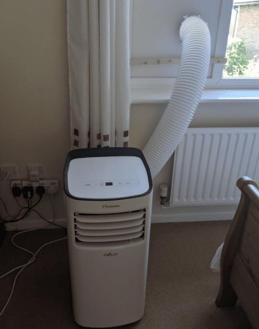 Portable air con venting